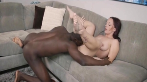 Cumshot in the company of young MILF