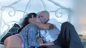 Exotic babe and plump Alison Tyler sucking cock