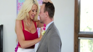 Large boobs blonde Courtney Taylor rushes threesome
