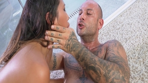 Ramming hard escorted by hottest asian babe Mike Angelo