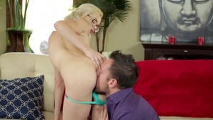 Small tits Elsa Jean pornstar getting a facial sex scene