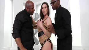 Big tits stepmom Kendra Lust feels the need for sloppy fucking