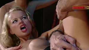 Sex in the company of european stepmom Lucy Belle