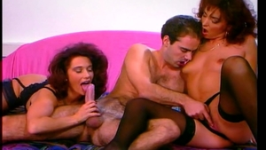 Big ass Christina Bella threesome blowjob
