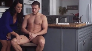 Very sexy brunette blowjobs