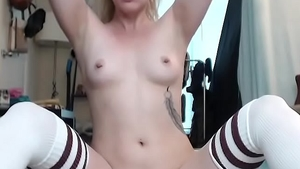 Sloppy deepthroat with booty blonde Chloe Sparkles live on cam