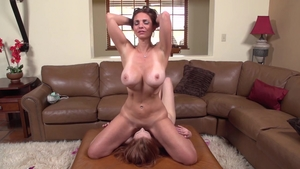Huge tits stepmom Mindi Mink goes in for hard ramming in HD