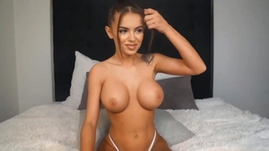 Large boobs babe orgasm masturbating live on cam in HD