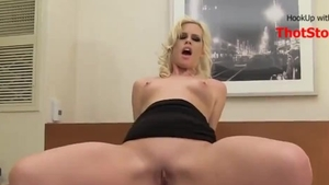 Very sexy german MILF homemade cheating