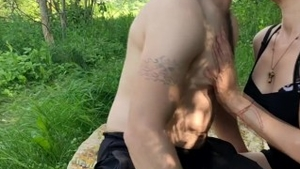 Girlfriend finds dick to fuck