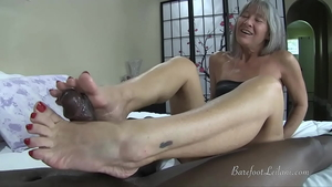 Petite stepmom has a taste for nailed rough