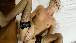 Amateur has a soft spot for raw sex in tight stockings
