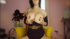 Big tits stepmom goes in for nailing HD