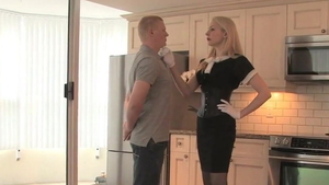 MISTRESS ELEISE humiliation in public