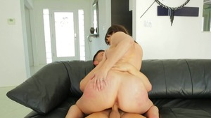 Busty Jasmine Jae and Juelz Ventura stroking scene